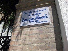 Placa dedicada a Morente por los vecinos del Albaicín