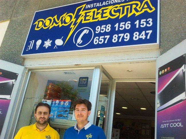 Carlos y Manuel, a las puertas de DomoElectra