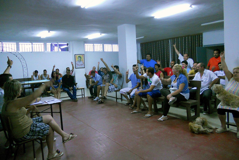 Asamblea de la asociación de parados Parque 28 de febrero