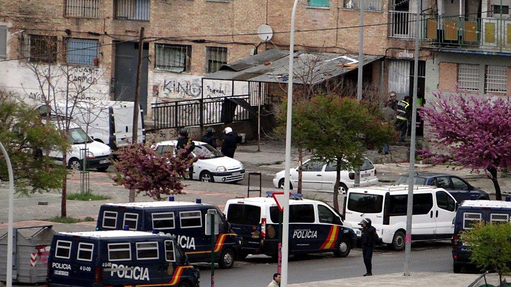 operativo policía nacional Parcelas Poblado de Cartuja mocos