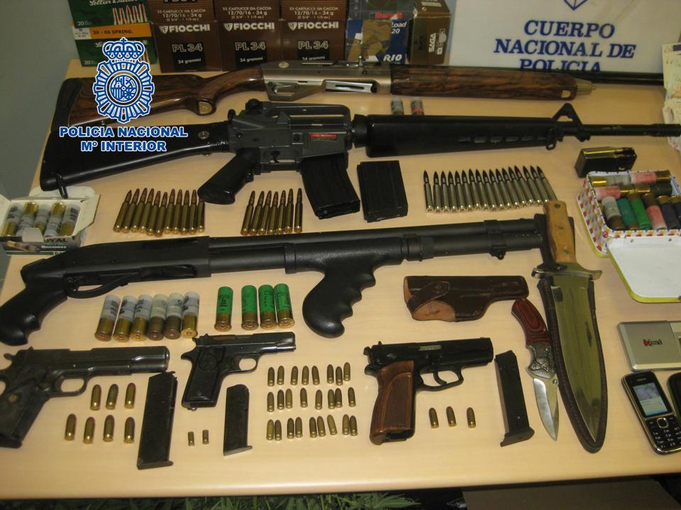 armas incautadas policía clan Almanjáyar