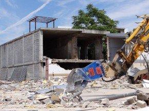 casería de la trinidad - demolición supermercado día