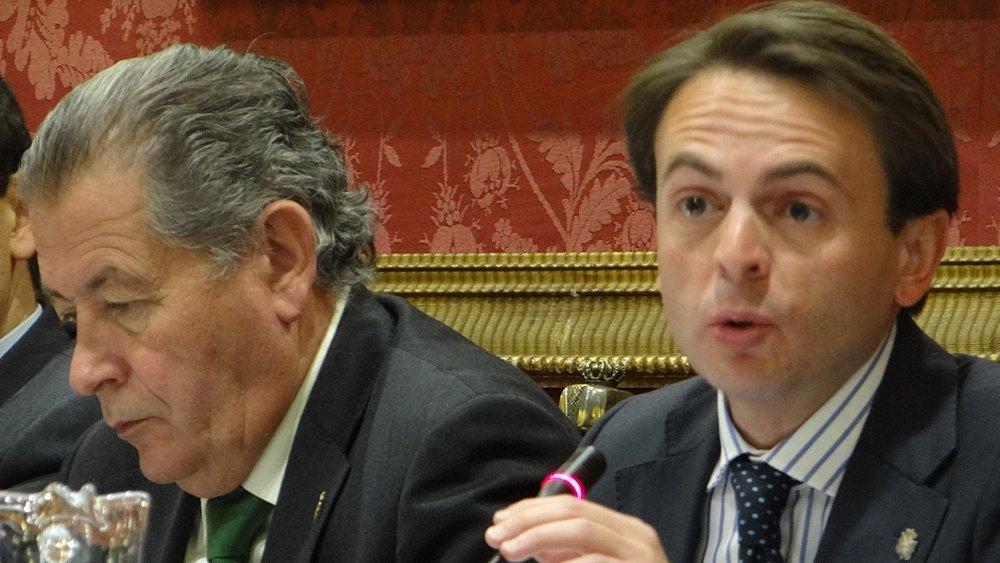 Juan Antonio Fuentes PP pleno ayuntamiento de granada