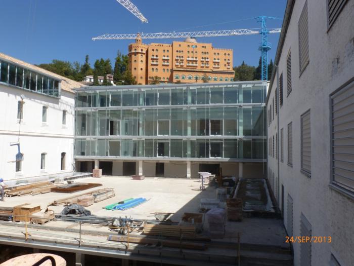 La escuela de arquitectura lista para el campo del pr ncipe for Escuela arquitectura