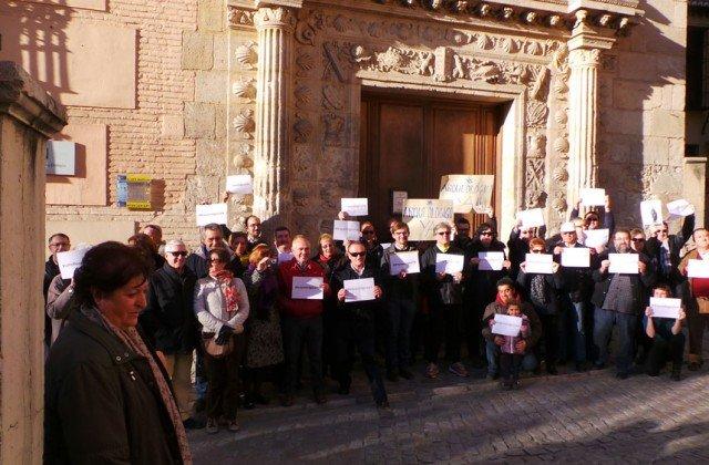 Museo Arqueológico de Granada, Casa de los Pisas, protesta
