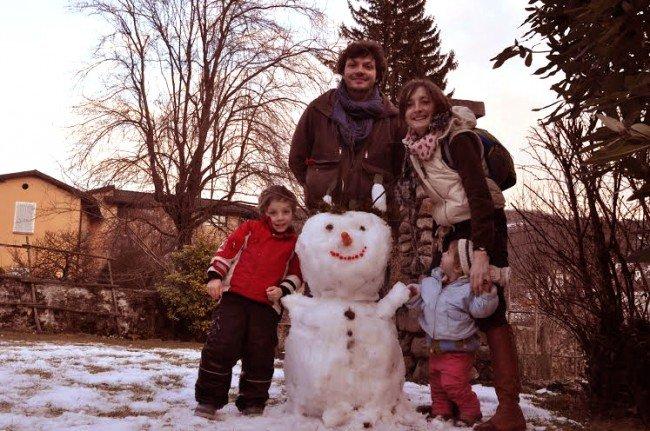 Mateo Galli y Tita Gonzato, con sus hijos en Suiza.