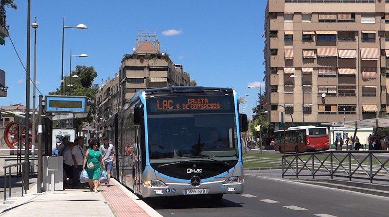 lac caleta nuevos autobuses granada