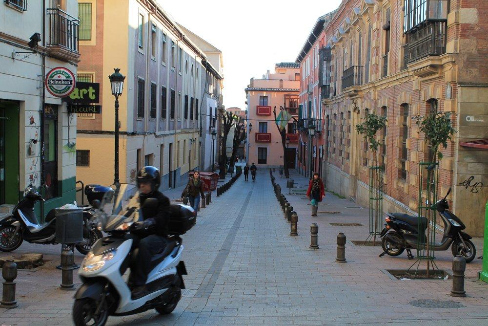 La calle Varela, ya sin árboles