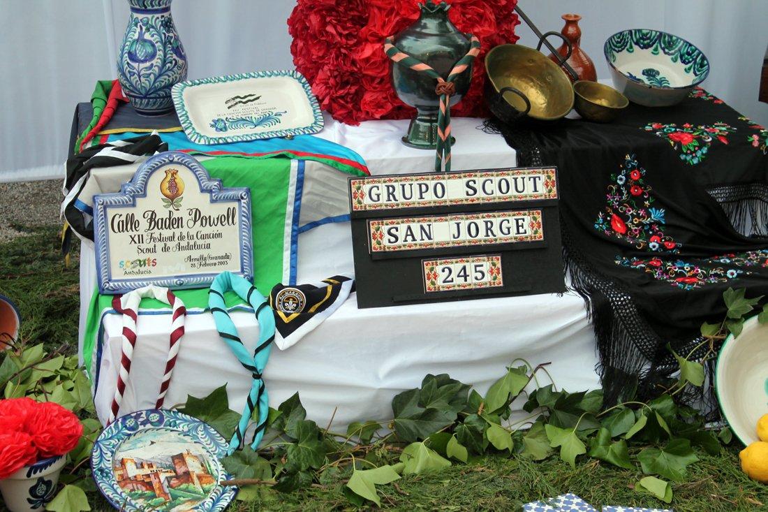 Detalle de la Cruz del grupo de Scouts.