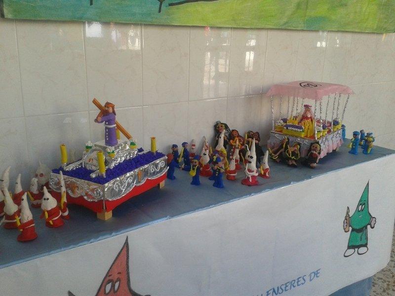 Exposicion Sobre Semana Santa En El Colegio Santa Maria Micaela De