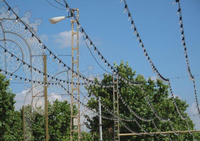 Bombillas incandescentes en el Ferial del Corpus 2011