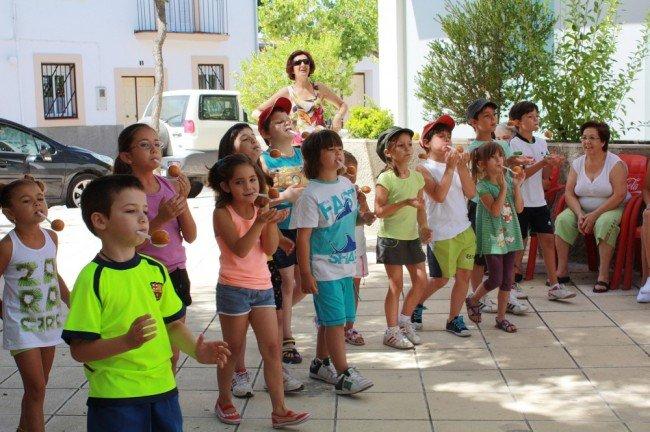 Juegos tradicionales en las Fiestas Populares de Bobadilla