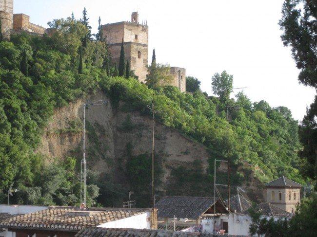 Alhambra-ascensor-Torres Hurtado
