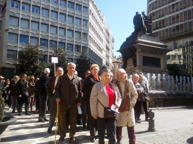 protesta-peatonalización-vecinos-albaicín.