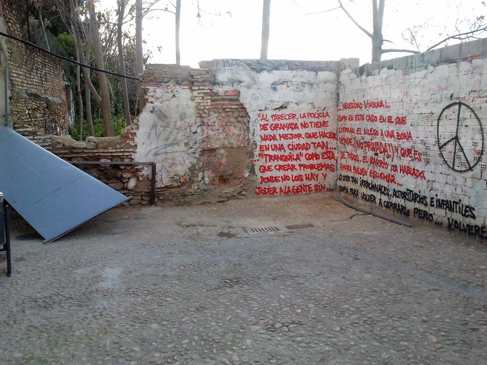 muro-Callejón-Monjas-grafiti