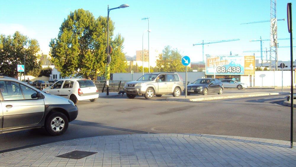 Cruce entre avenida de Cádiz y calle Baden Powell