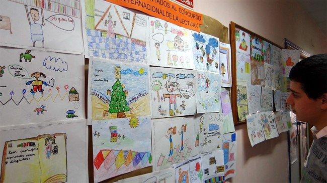 dibujos concurso día del libro biblioteca pública Cartuja-Almanjáyar