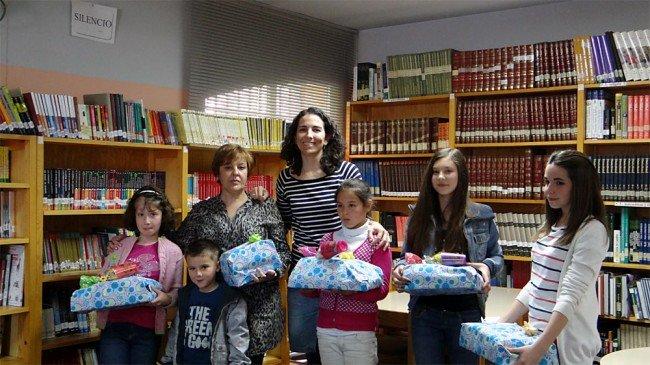 mejores lectores día del libro 2012 biblioteca pública Cartuja-Almanjáyar