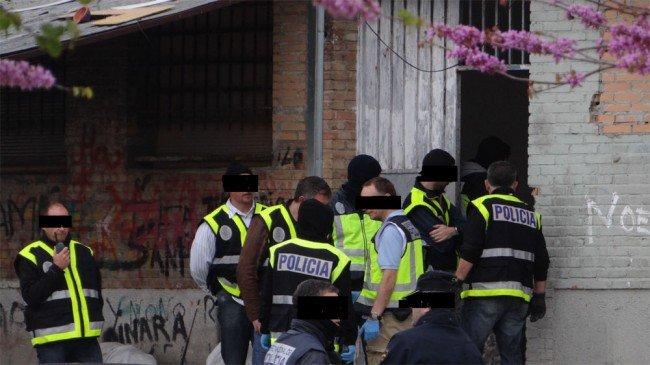operativo policía nacional parcelas poblado de Cartuja granada