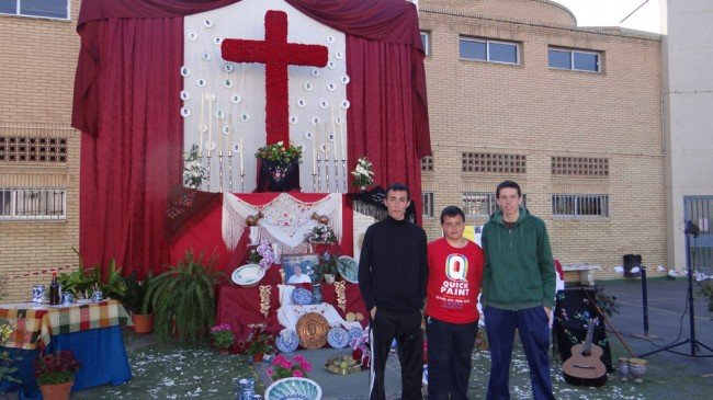 cruz padre manjón cruces de mayo granada