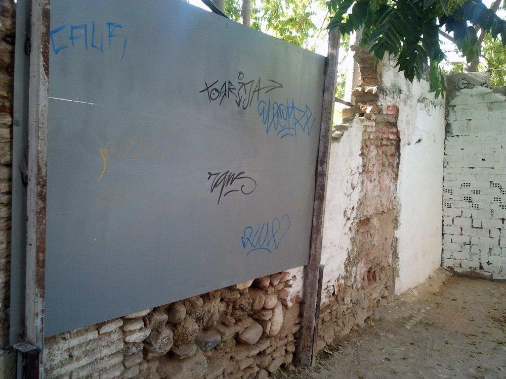 grafiti-callejón-monjas