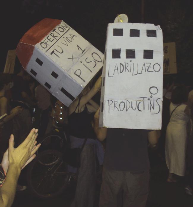 'Pancartas' en una de las movilizaciones de Stop Desahucios en Granada.