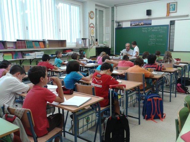 Primer día de clase en el colegio Sierra Nevada.