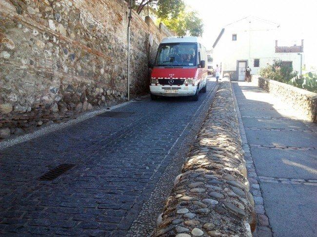 Autobús-carril-lona