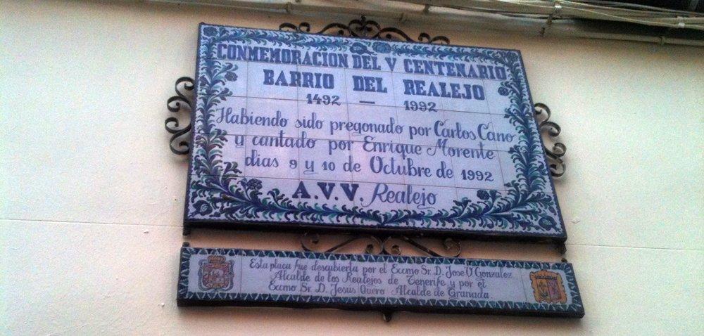 Placa conmemorativa del 500 aniversario del Realejo
