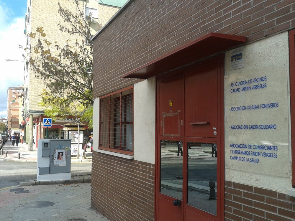 Antigua sede de la policía local del Zaidín