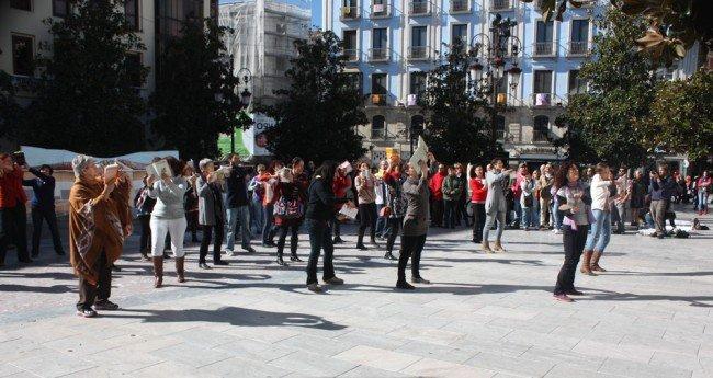 Flashmob por la biblioteca, en la plaza del Carmen. Patricia R. de Rosario