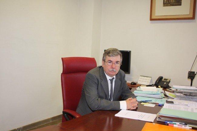 Joaquín Fernández Valdivia, catedrático de la UGR