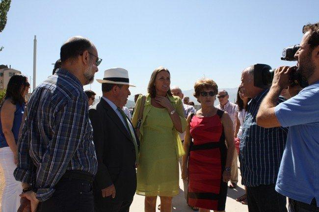 Visita del alcalde de Granada a la Chana