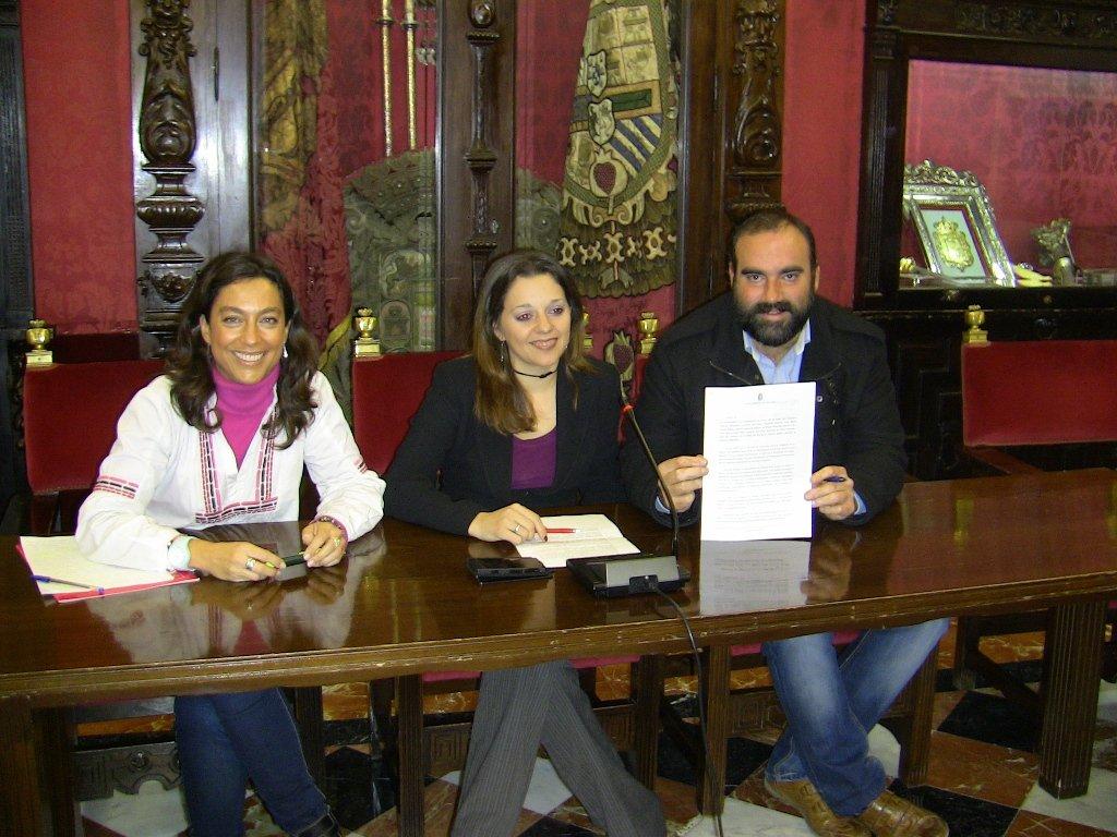 Olalla, Sánchez y Puentedura, durante la rueda de prensa.