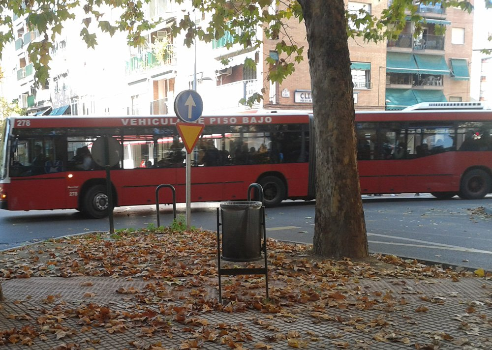 Autobús urbano Granada