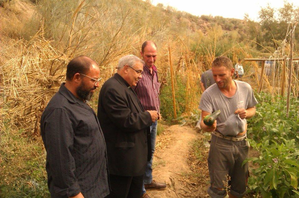 arzobispo visitó los huertos en septiembre (foto: José Daniel Campos)