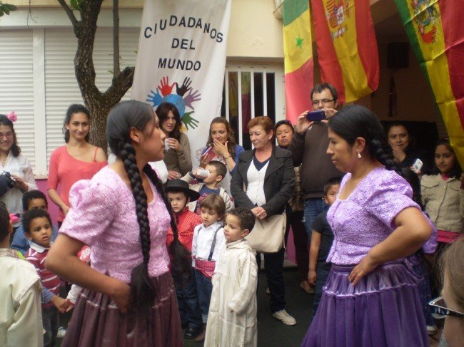 Fiesta intercultural en la Escuela Infantil Luden de la Chana