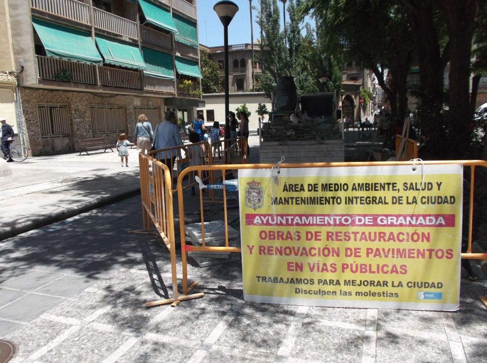 Plaza Gracia Pavimento