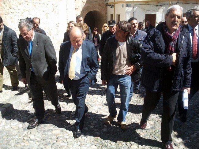 alcalde-empedrado-albaicin-650x487