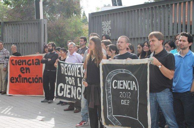 luto por la ciencia en el IAA