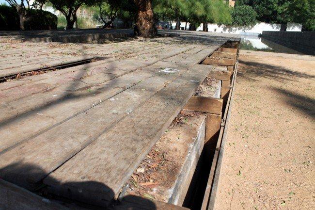 Tablones rotos en el Cuarto Real de Santo Domingo. Foto: GranadaiMedia