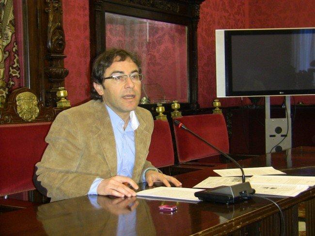 Miguel Ángel Fernández Madrid, en la rueda de prensa