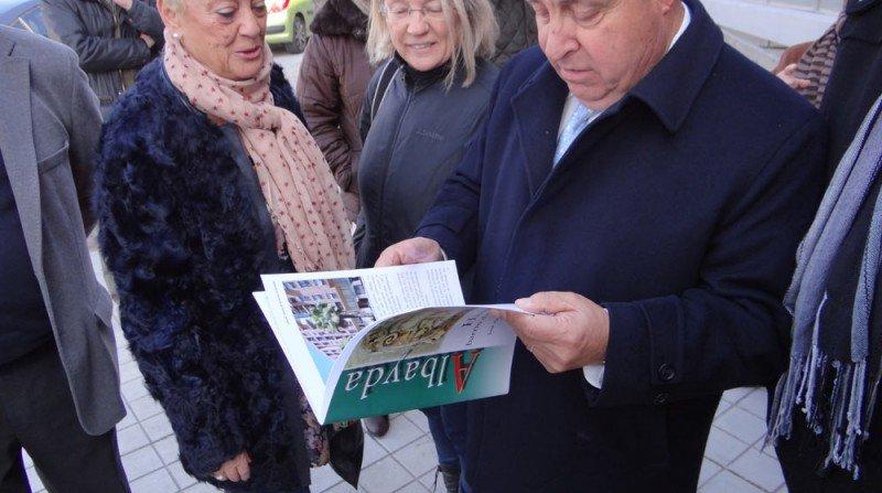 visita del alcalde de Granada a Albayda