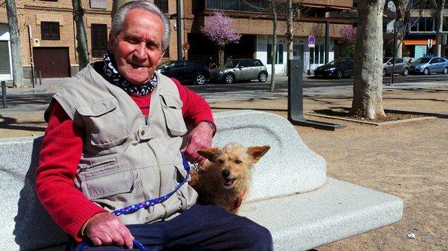 Paco Larios, Perra Lola