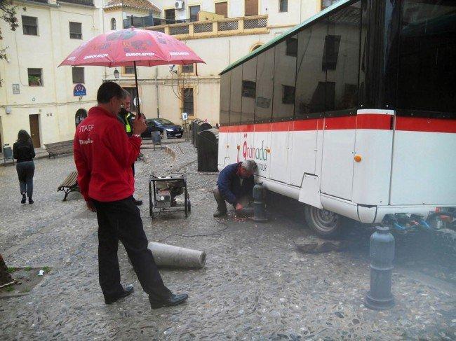 tren turístico, Granada City Tour, Albaicín, accidente de tráfico