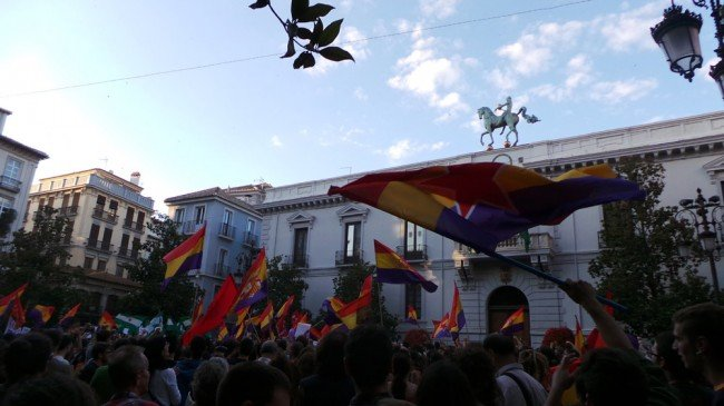 manifestación republicana abdicación Rey Juan Carlos Granada