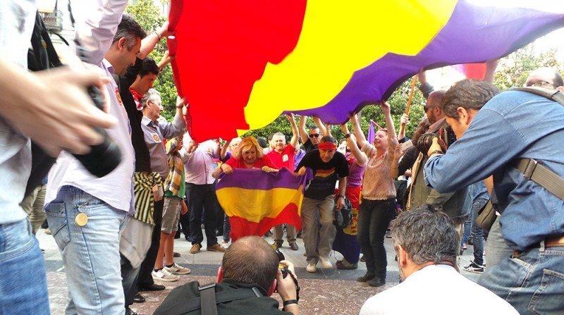 Manifestación republicana, Plaza del Carmen