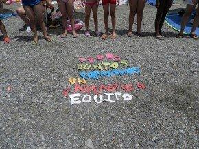 El mensaje de este verano en la Escuela también estuvo presente en la excursión a Playa Granada
