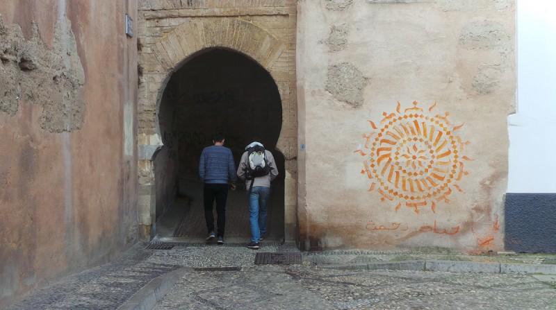 pintada Arco de las Pesas, grafiti, Albaicín