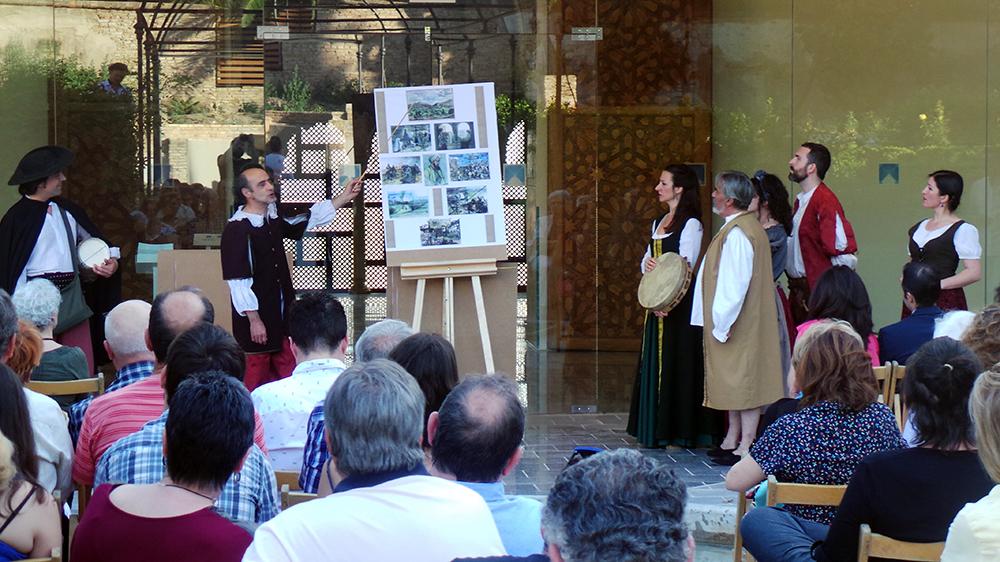 Representación de los cantares de ciego a las puertas del Cuarto Real de Santo Domingo. Foto: GiM